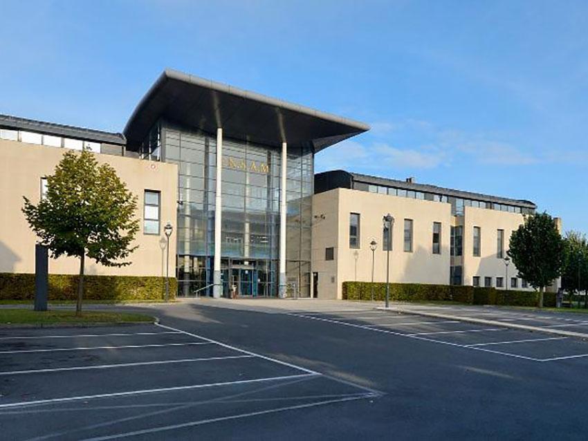 La société Saint Gobain Cavaillon visite notre laboratoire | MSMP Châlons-en-Champagne